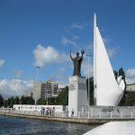 Памятник-Калининград